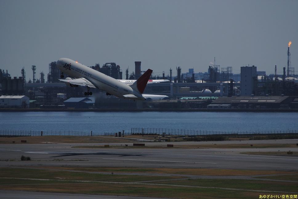 Dsc_9322_ja8269_jal_takeoff